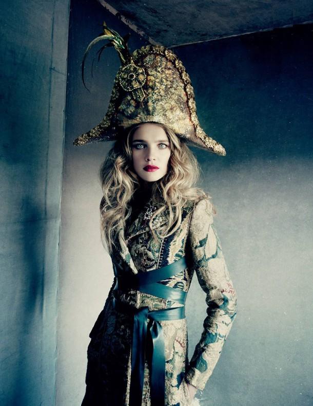 natalia vodianova paolo roversi vogue russia december 2014 5 610x790 To najkrajšie z vianočných módnych editorálov