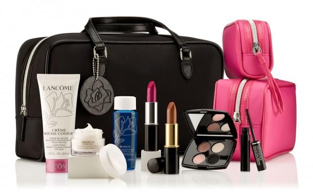lancome cosmetics facials make up bag 610x381 (Nie len) fashion tipy na vianočné darčeky