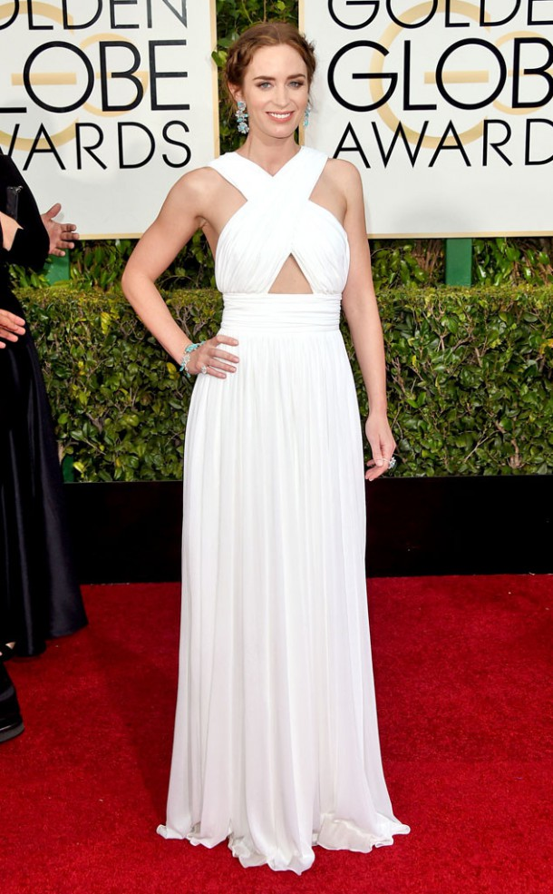 rs 634x1024 150111155031 634.Emily Blunt Golden Globes Red Carpet 011115 610x985 Zlaté Glóbusy 2015