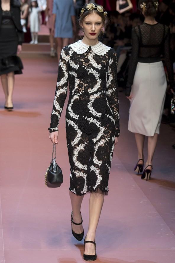 00330h 592x888 Dolce & Gabbana: Oslava materstva