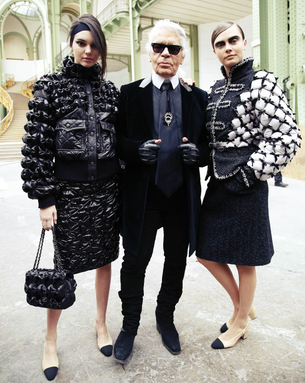267F397D00000578 2987822 Dream team Chanel designer Karl Lagerfeld posed with Kendall and a 43 1425990016470 610x766 Chanel Autumn/Winter 2015