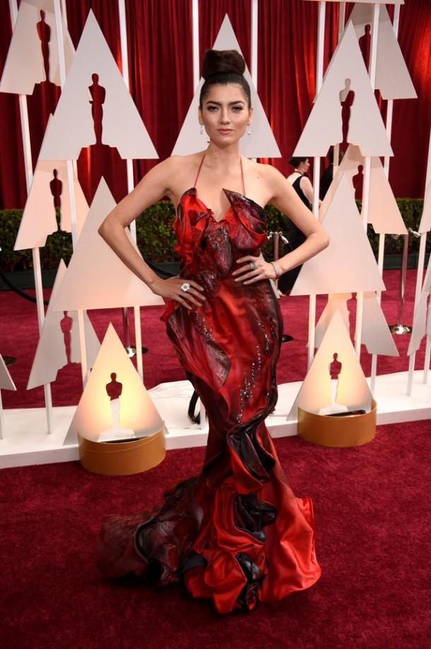 Blanca Blanco Oscars 2015 610x917 Najhoršie februárové outfity