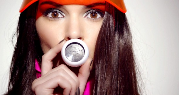 ee 112 estee lauder x courreges the video hero 610x324 Kendall Jenner pre Estee Lauder