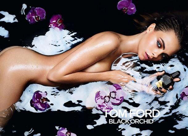 Cara Delevingne Tom Ford Black Orchid 610x443 Kontroverzné módne momenty