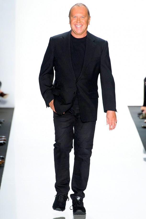 michael kors rtw ss2013 65 151556113764 610x915 Uniformy najvplyvnejších ľudí v móde