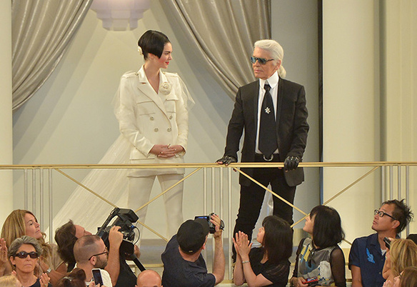 kendall jenner d  fil   chanel 4513 north 584x0 Chanel Haute Couture 2015