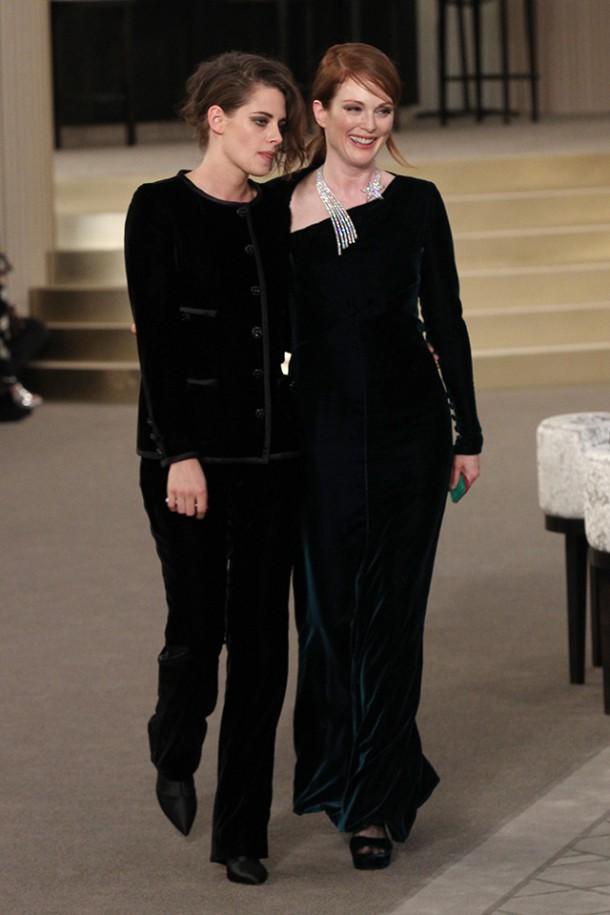 kristen stewart et julianne moore 3174 610x915 Chanel Haute Couture 2015