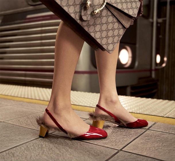 Gucci Fall Winter 2015 Ad Campaign Featuring Dionysus shoulder bag 6 610x560 Trend sezóny: Gucci topánky lemované kožušinou z kengury