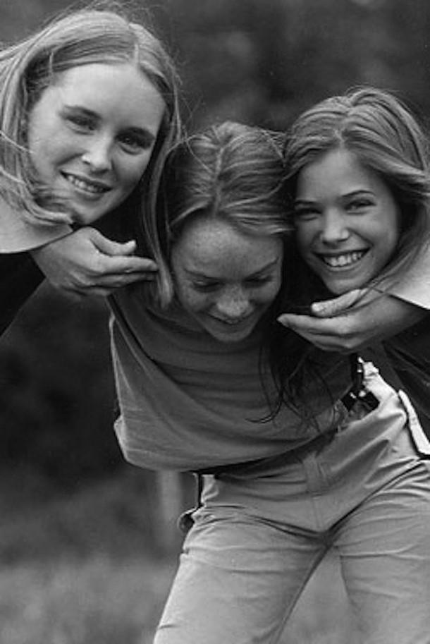 Lindsay Lohan 1998 610x913 Kto si kedysi zapózoval pre Abercrombie?