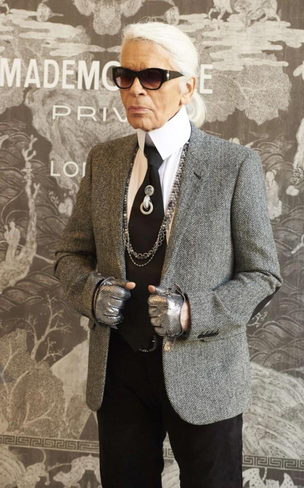 chanel mademoiselle karl xlarge 610x977 Chanel v Londýne