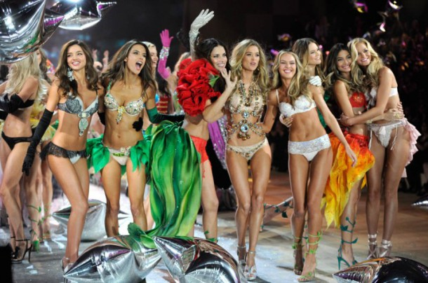 VS Fashion Show 610x404 Ako bude vyzerať tohtoročná Victoria´s Secret show