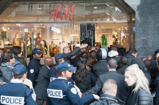 balmain madness paris 1 6nov15 getty b 646x430 610x406 BALMAIN X H&M: módne šialenstvo