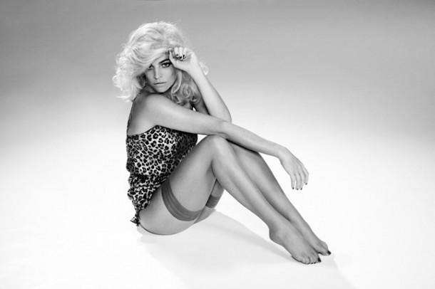 CHARLOTTE OLYMPIA X AGENT PROVOCATEUR 5 Vogue 12Jan16 b 646x430 610x406 Nová kolekcia Charlotte Olympia for Agent Provocateur