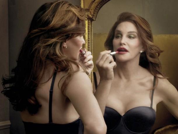 caitlyn jenner mac lipstick 610x457 Caitlyn Jenner predstavuje Free Lipstick