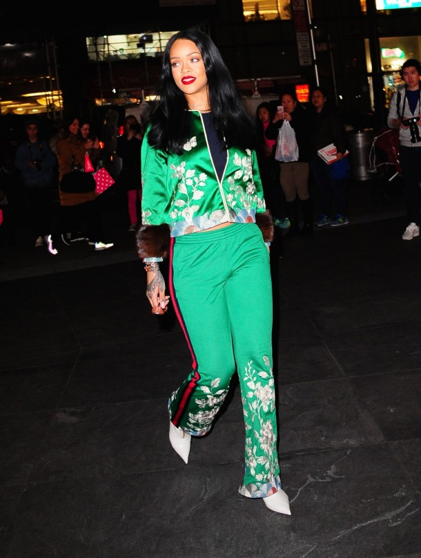 gettyimages 517921478 610x807 Naj outfity: Rihanna