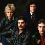 queen 150x150 Freddie Mercury a jeho neobyčajný štýl