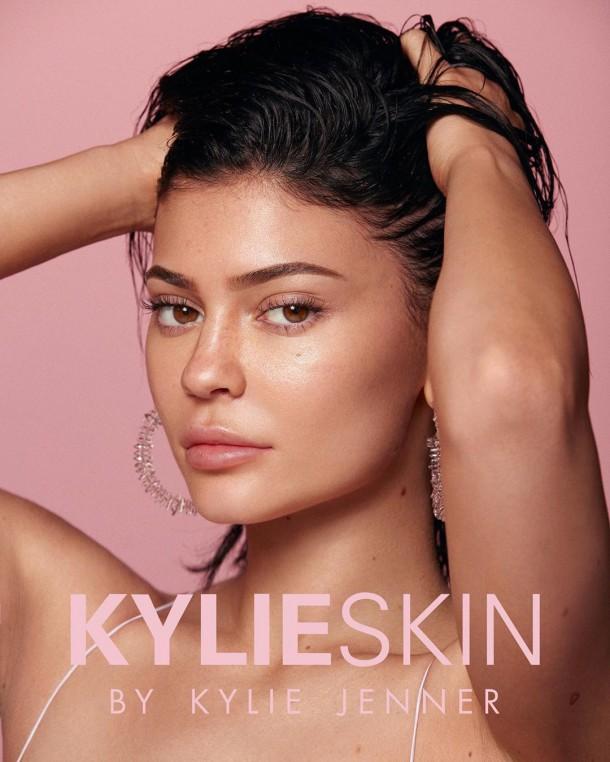30052019 StajlSK Kylie Skin 01 610x762 Kylie Skin je konečne tu!!!
