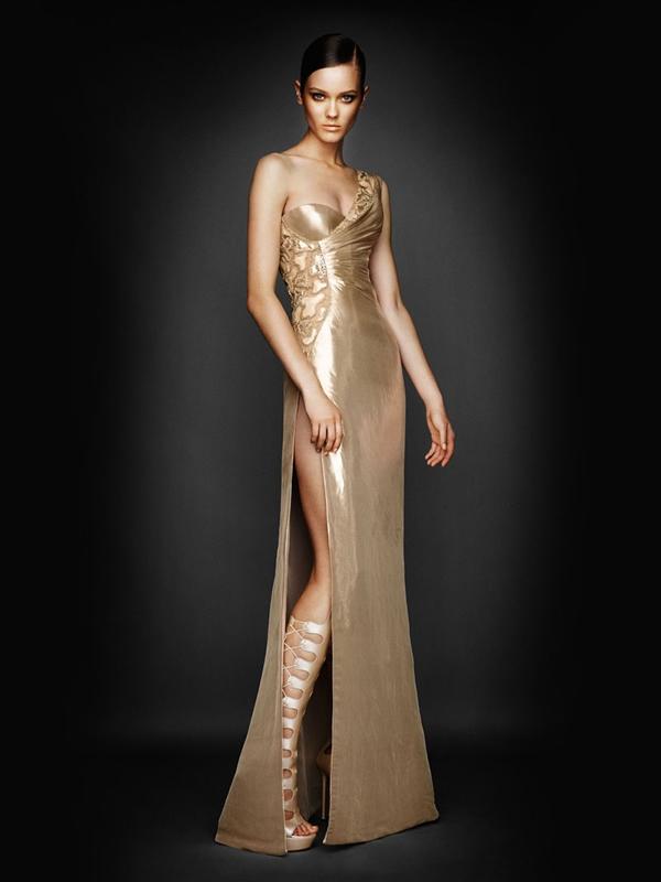 Atlier2010P1Versace11 Ďalšie jesenné potešenie očí od Atelier Versace 2011