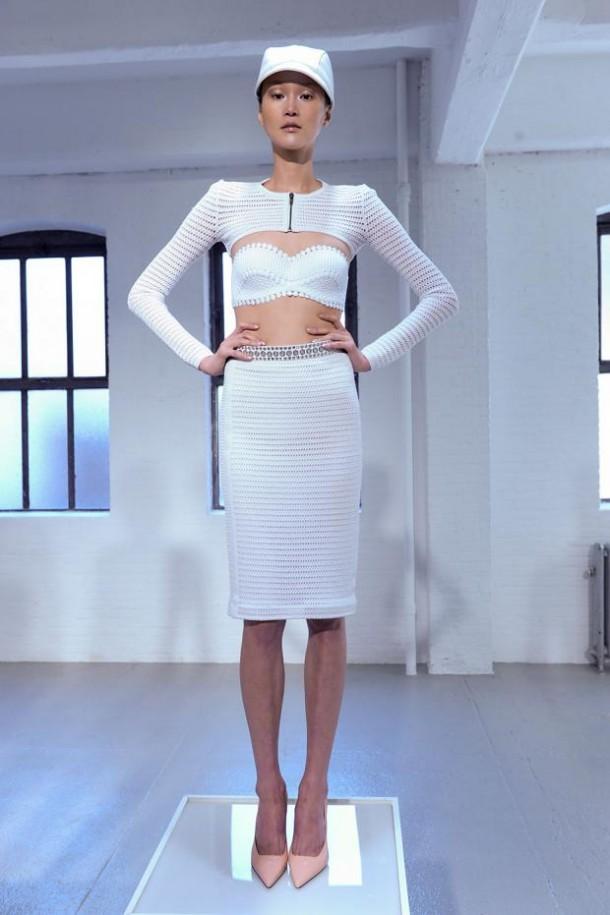 carine malrino spring summer 2013 nyfw39 610x915 New York Fashion Week sa začal. Sledujte ho s nami. Časť 1.