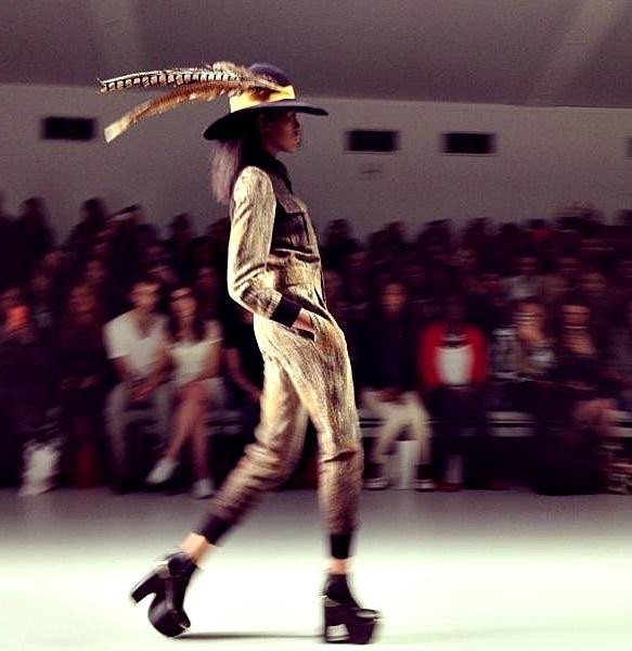 1374374 10201011943885375 1271703672 n Exkluzívne: London Fashion Week