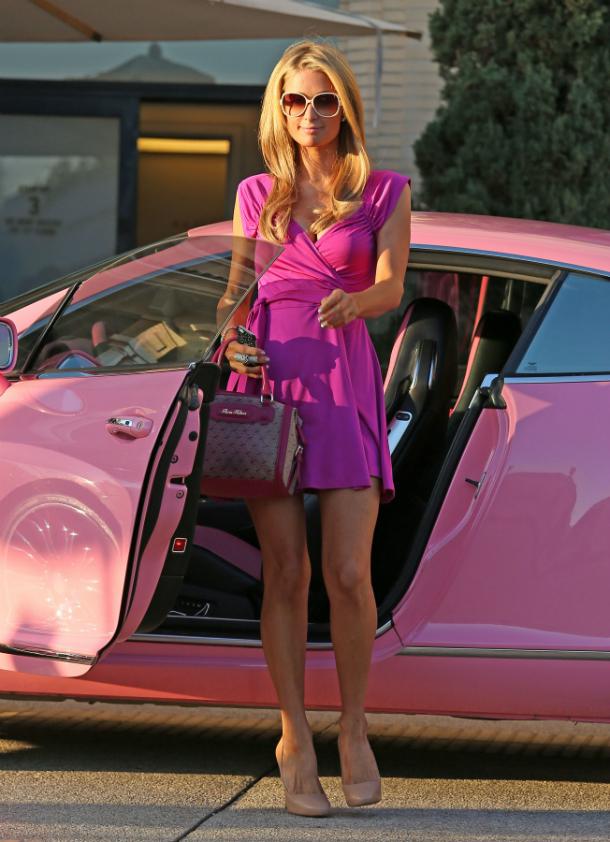 Paris Hilton 59 Najlepšie a najhoršie outfity týždňa