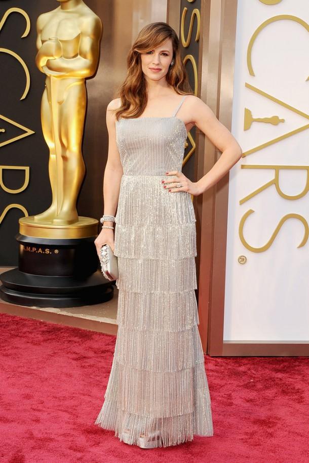 Jennifer Garner Oscars 2014 610x915 Najlepšie a najhoršie outfity týždňa /Oscary 2014/