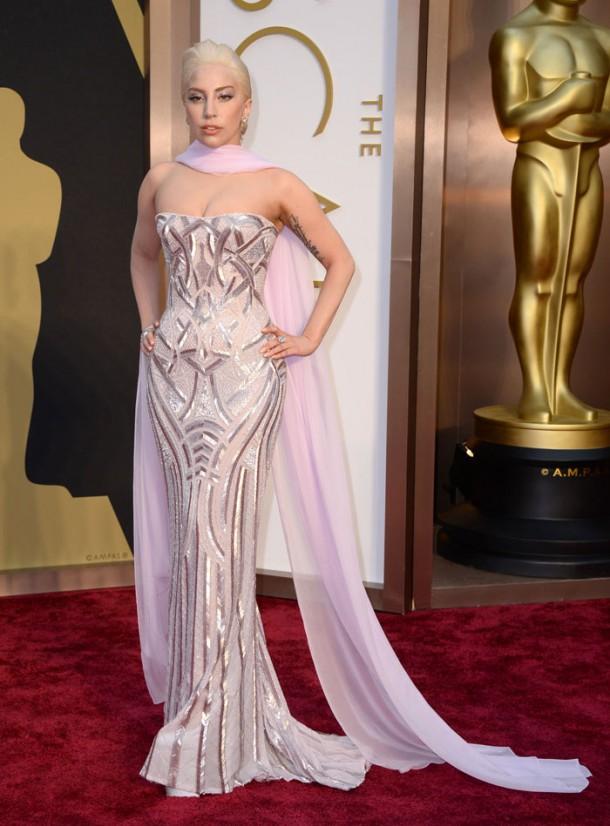 ladygaga 610x826 Najlepšie a najhoršie outfity týždňa /Oscary 2014/