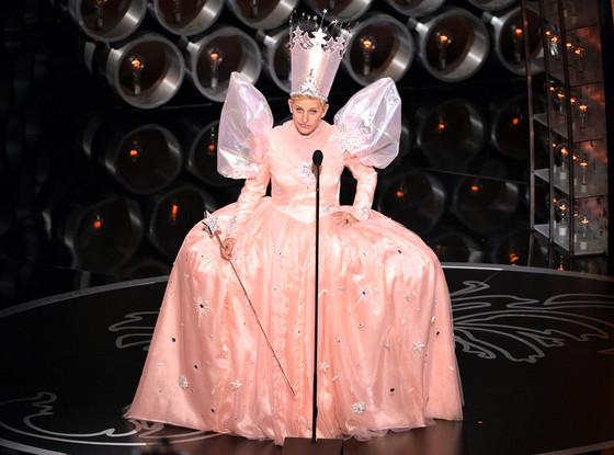 rs 560x415 140302195846 1024.Ellen DeGeneres Oscars.ms .030214 copy Najlepšie a najhoršie outfity týždňa /Oscary 2014/