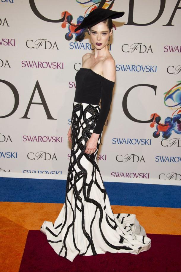 coco rocha at cfda fashion awards in new york 1 610x915 CFDA Fashion Awards 2014