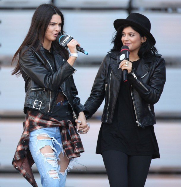 kylie and kendall jenner at 2014 muchmusic video awards rehearsals in toronto  15 610x629 FASHION ICON: Kylie a Kendall Jenner