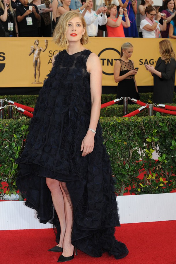 sag45 610x914 Červený koberec Screen Actors Guild Awards