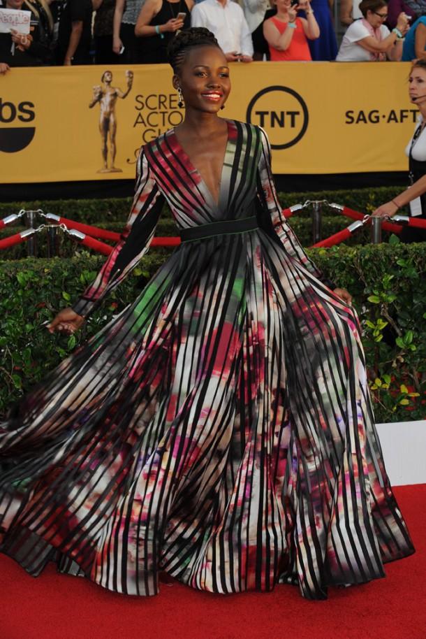 sag50 610x914 Červený koberec Screen Actors Guild Awards