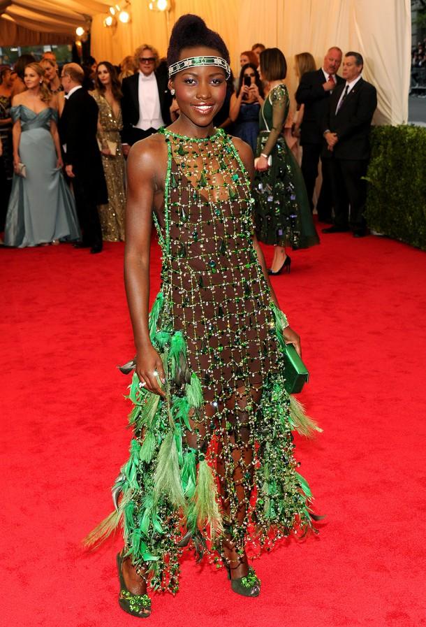 lupita nyongo 610x897 Najhoršie šaty na Met Ball
