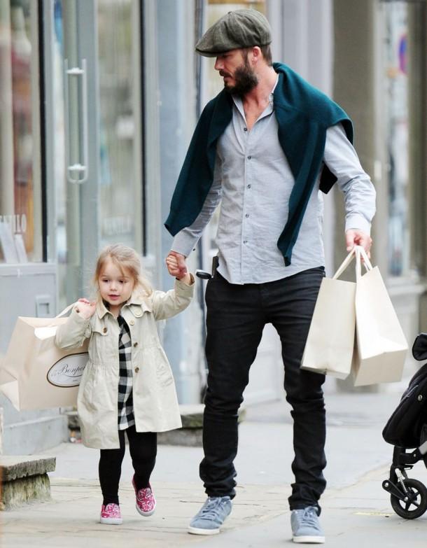 PAY David and Harper Beckham 610x783 Fashionistka Harper Beckham