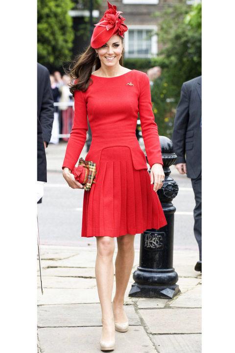 54ab449e131a4   07 elle kate middleton birthday xln xln Najlepšie outfity Kate Middleton