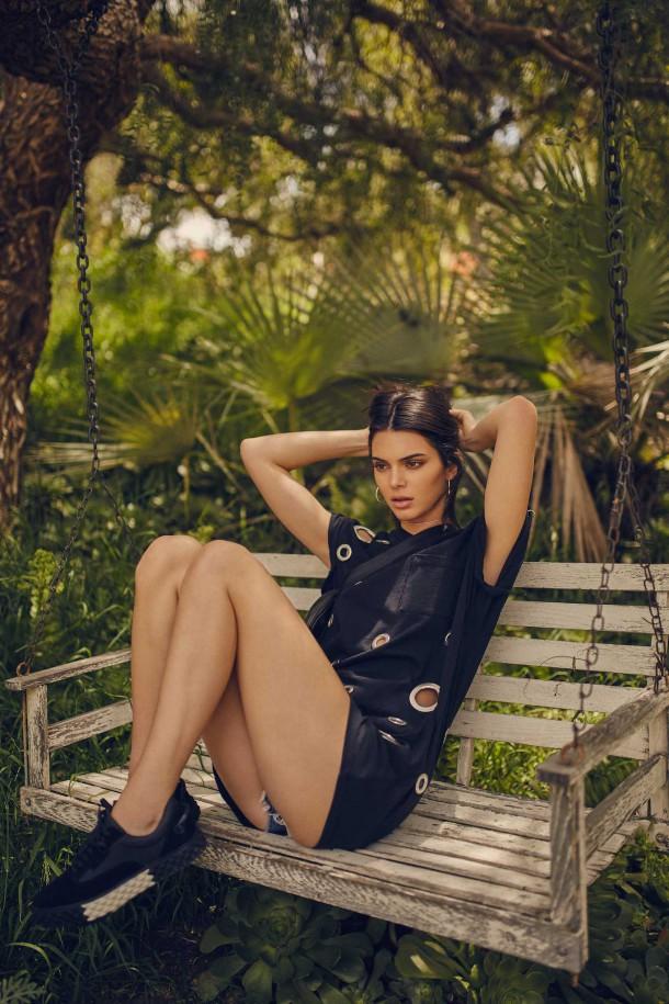 Kendall Jenner Kendall Kylie DropTwo Collection 2017 10 610x915 Nová kolekcia Kendall + Kylie