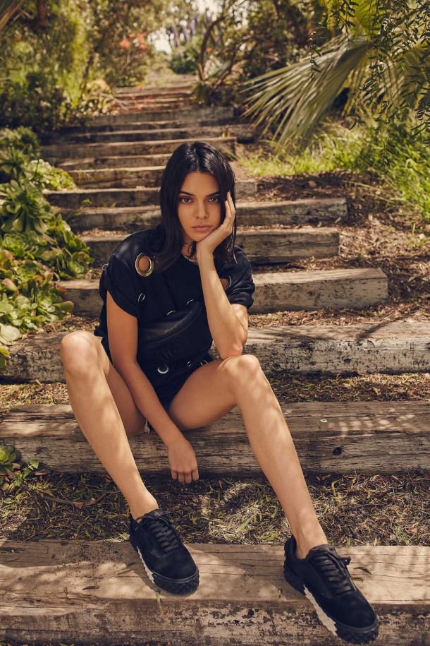 Kendall Jenner Kendall Kylie DropTwo Collection 2017 4 610x915 Nová kolekcia Kendall + Kylie