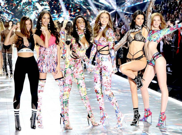 Victorias Secret Fashion end 610x452 Victoria s  Secret Fashion Show 2018