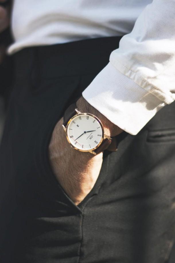 Stajl5 PHOTO 2019 02 19 11 21 06 3 610x915 Ciferníkové hodinky, ktoré zarábajú stovky miliónov.