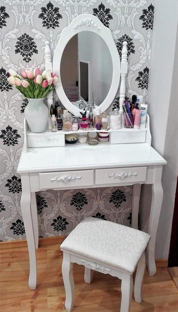 25052019 StajlSK toaletne stoliky 07 572x1000 Eleganté a praktické. Toaletné stolíky!