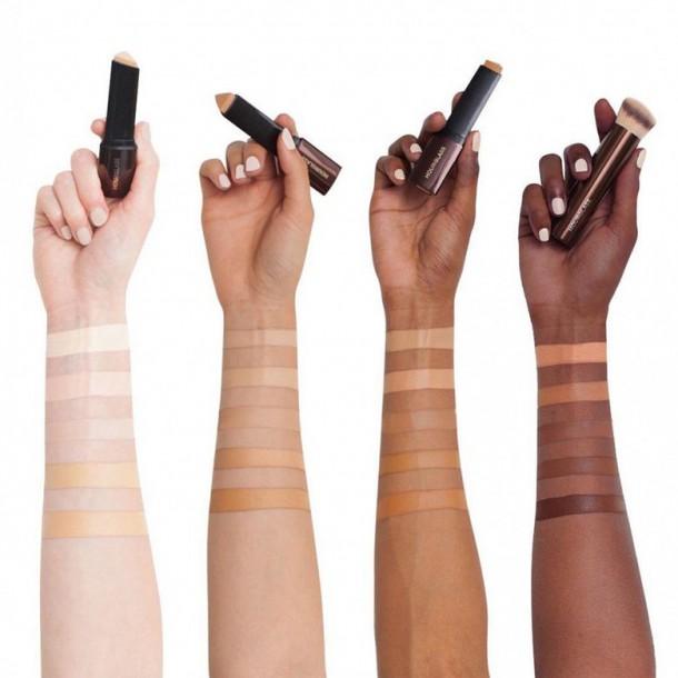 03062019 StajlSK Ako na make up 01 610x610 Ako si vybrať správny odtieň a typ make upu?