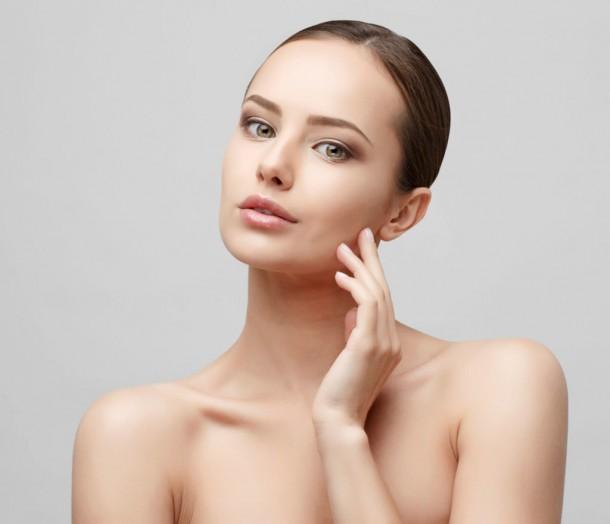 03062019 StajlSK Ako na make up 02 610x524 Ako si vybrať správny odtieň a typ make upu?